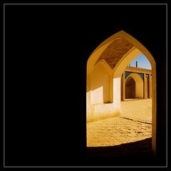 Kashan (Roozbeh Feiz) Tags: beautiful architecture canon persian iran canon20d persia iranian  kashan 2007   roozbeh 1386 feiz  roozbehfeiz iranianstyle persianstyle ~vista iranianphotographer iranianphotographers   feizaghaii     feizcom wwwphotoblogcomvista    aghabozorgschool