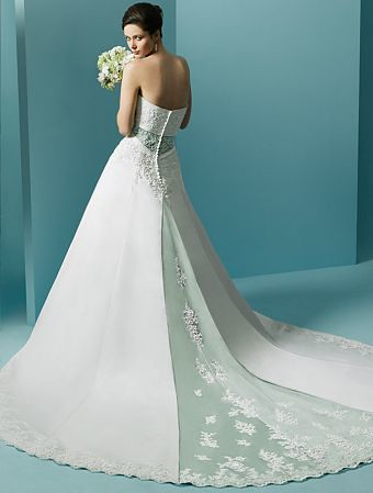 Creative and Beautiful White Wedding Gown