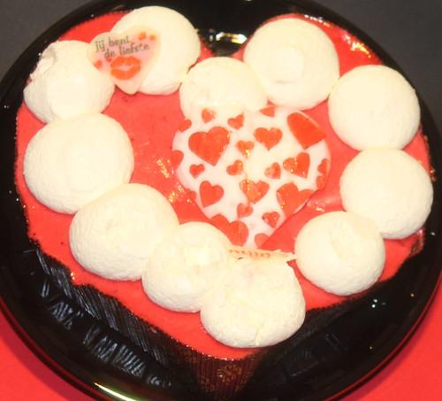 ...Valentine's Love cake...