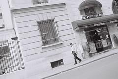 Paris, Old Man (smarsham) Tags: minolta x700