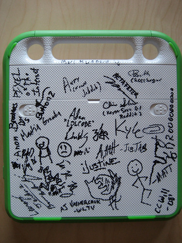 ROFLaptop (XO laptop signed by the geeks of ROFLCon 08)