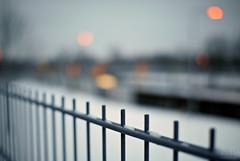 I can see clearly now :) (=Я|Rod=) Tags: winter snow fence lights iso200 dof bokeh f14 bremen schleuse sigma3014 1400s 23ev nikond80 3045mm ©rerod mygearandmepremium я|r