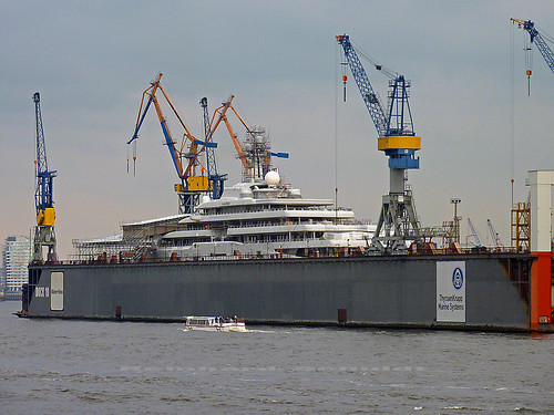 ECLIPSE Blohm+Voss Repair Elbe Hamburger Hafen