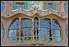 The window........Casa Batll (www.klaus-dolle-photographie.com) Tags: barcelona eye ventana fenster gaudi soe casabatll themoulinrouge instantfave outstandingshots tamron1750 mywinners abigfave klausdolle shieldofexcellence impressedbeauty travelerphotos goldenphotographer eos40d 1on1architecturephotooftheweek betterthangood 1on1architecturephotooftheweekdecember2007