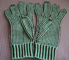 2210678418 99cb6ece78 m All You Need is Glove