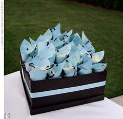 2281699347 ecb13b1370 m Baú de ideias: Decoração de casamento marrom (chocolate) e outras cores