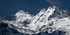 Arenizas y Tesorero (jtsoft) Tags: mountains landscape asturias olympus picosdeeuropa e510 cabrales zd50200mm tesorero jtsoftorg