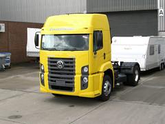 VW-Constellation-Tractor-19320-i verdhe-TL (EL KARRO DE DYLI) Tags: truck camion albania shqiperia kamion shqipe
