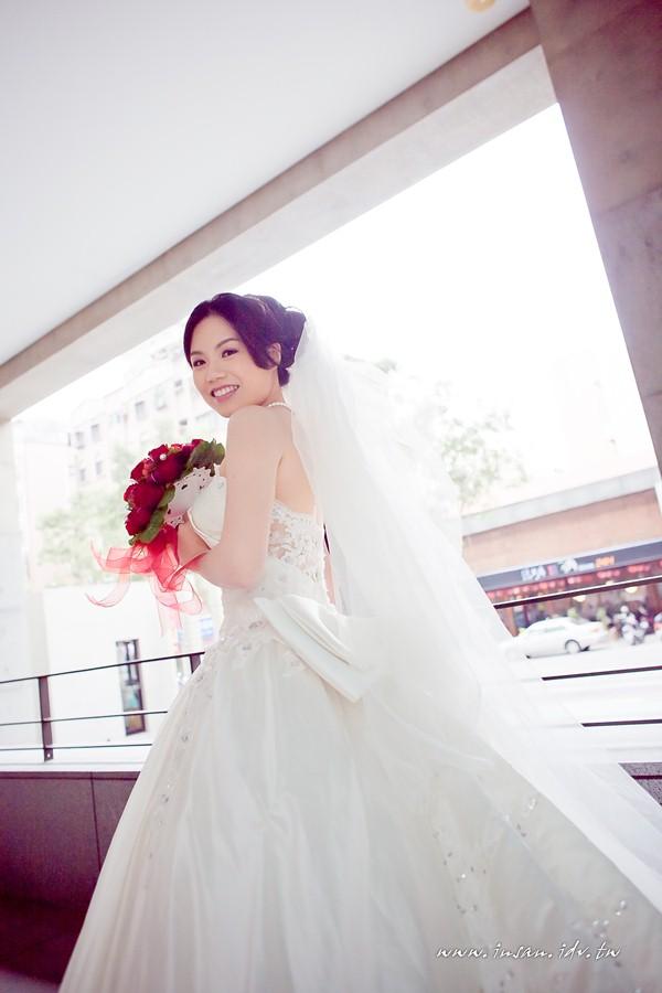 wed110326_0623