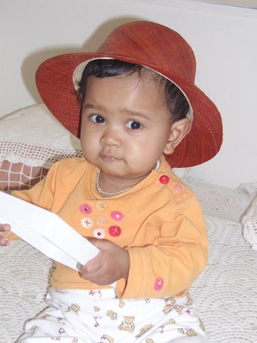 Ialy en chapeau