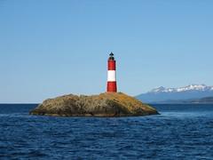 Faro de Les Eclaireurs (maxtdf) Tags: patagonia lighthouse argentina faro tierradelfuego ushuaia day clear farol leseclaireurs miargentina