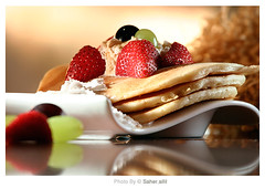 TASTY ~ (Nasser Bouhadoud) Tags: food home canon eos 350d sweet cream strawberries tasty caramel whip pancake nasser doha qatar saher allil saherallil cocinet