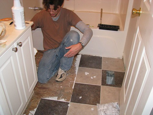 Guest bathroom - floor installation