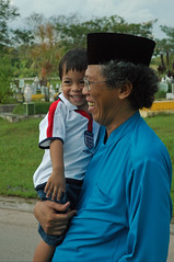 aniq and his favourite grandpa