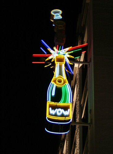 Washington Avenue neon
