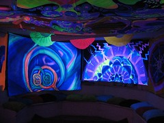 blacklight room (dr.jd) Tags: california oakland blacklight sanctuary koinonea spacetribe sanctuaryforthearts