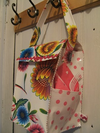 spring blooms oilcloth lunch bag- crafting 365- day 32