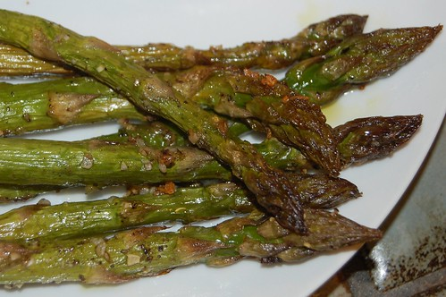 Roasted asparagus spears