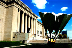 The Nelson (frank thompson photos) Tags: sculpture art museum gallery d70 kansascity missouri visualart shuttlecock nelsongallery