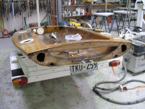 Antique Racing Dinghies – International 505 and Moth in Timber