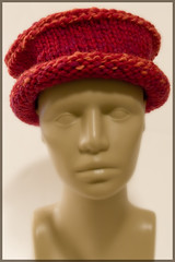 Learning to Navajo Ply yarn - so I can join the Red Hat Society