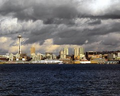 sun break (Seattle rainscreen) Tags: seattle city winter skyline clouds washington cityscape pacificnorthwest spaceneedle pugetsound sunbreak rainclouds g9 cruiseshipterminal edgewaterhotel seattlestpix