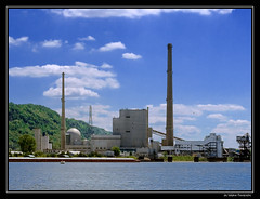 Power Plant (Waldo#4) Tags: industry wisconsin river mississippi landscape powerplant coal lacrosse justinandericsbachelorparty waldo4 jaywaldron