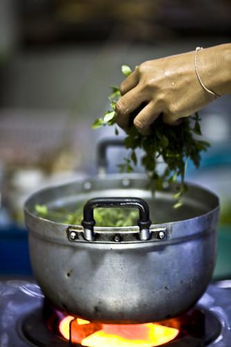 A pot - Issan