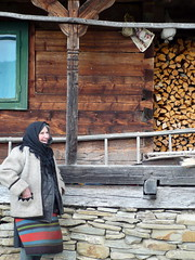 Marta and her house (grad dana) Tags: wood old woman house casa wooden romania roumanie maramures batrana stramtura