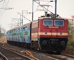 Ahmedabad - Puri Express (Saqib Karori - TucsonRailfan) Tags: ir trains brc nagpur indianrailways rajdhani ngp irfca 22676 wap4 sbcraj wap4e
