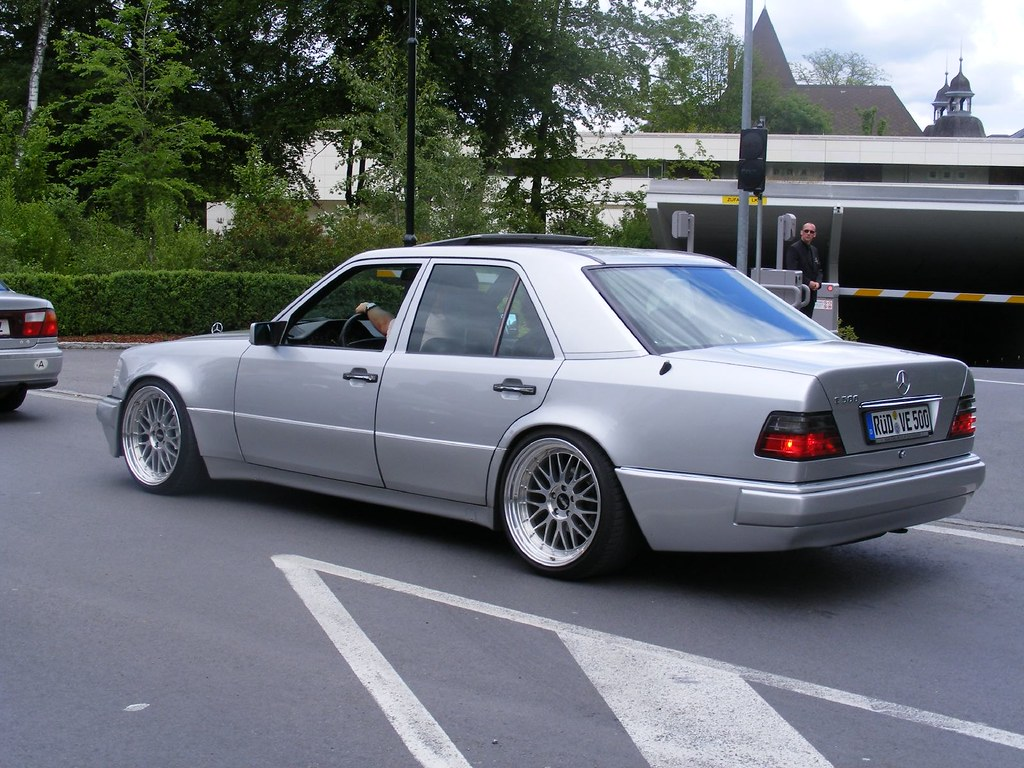 Pic Request 19 Wheels On W124 Coupe Page 2 Mercedes Benz Forum