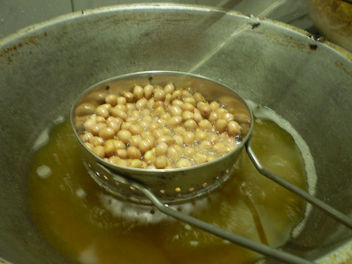 Groundnut being Fried