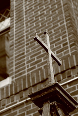 cross by zenobia_joy on flickr