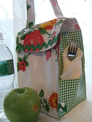 vintage rose and green gingham oilcloth lunchbag