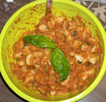 Here's some gnocchi with sundried tomato pesto. Gnocchi (as I'm sure ...