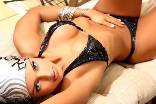 Julia Paes hermosa brasilera