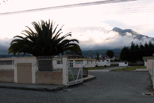 Hostel guapulo intimidating