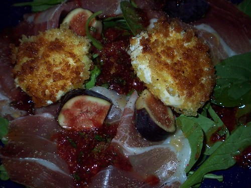 fried goat cheese prosciutto fig arugula salad