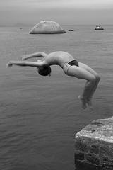 Boys of Paquet (Jump) (Bruna Prado) Tags: boys children paquet rio de janeiro riodejaneiro brasil brazil brunaprado meninos crianas criana jump saltar salto fuji fujis5200 s5200 pretoebranco balckandwhite