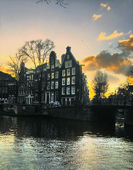 amsterdam (ie :: fotografie) Tags: sunset sun amsterdam architecture canal grachten herengracht pictureperfect themoulinrouge blueribbonwinner platinumphoto aplusphoto flickrplatinum excellentphotographerawards platinumheartaward