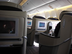 Air France 777-300ER (74salt) Tags: plane airplane inflight cabin interiors aircraft airplanes sin planes boeing af airlines 777 onboard airfrance aircrafts businessclass cabins 773 777300er skyteam 773er lespaceaffaires