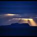 スルツェイ島:Surtsey in gods light.