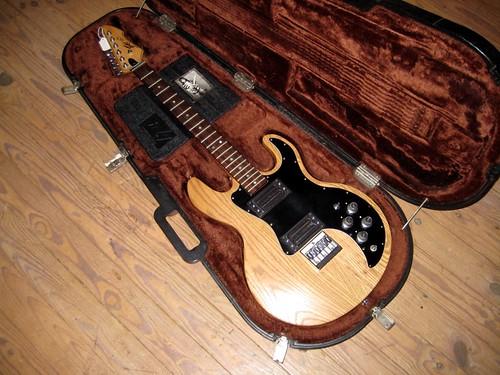 Guitar Yamaha Ar Sound Problem