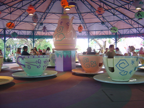 Waiting for the Teacups