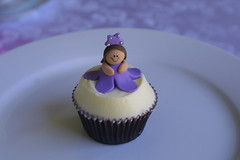 IMG_9449 (KissMyCupcake) Tags: blue red cheese pretty purple princess chocolate cream velvet dora cupcake vanilla topper fondant bluesclue kissmycupcake