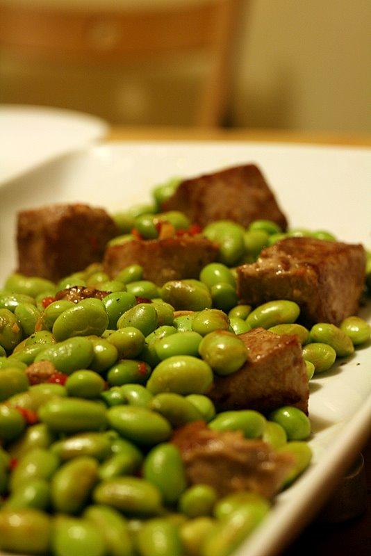 seared tuna with edamame beans