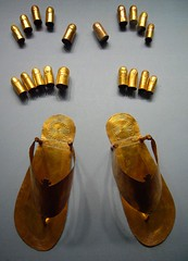 Ancient Egyptian gold sandals, toe and finger stalls (ggnyc) Tags: nyc newyorkcity museum gold sandals egypt royal jewelry egyptian burial mummy wives met thebes funerary metropolitanmuseumofart ancientegypt egyptianart thutmose semitic maruta dynasty18 manuwai manhata wadygabbanatelqurud