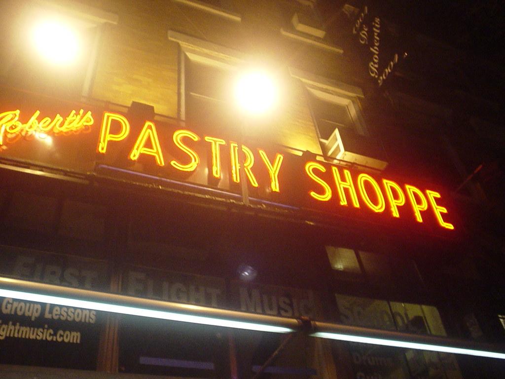 DeRobertis Pastry Shoppe