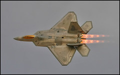 F22 Raptor (black_z) Tags: sunset raptor f22 usaf lockheedmartin aviationnation betterthangood