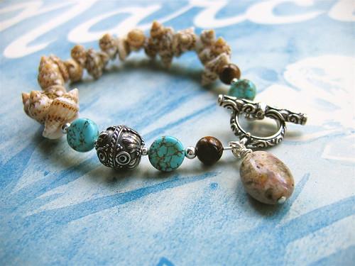 Castaway bracelet